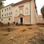 Koprivnica - Sv. Nikola, Robert Čimin, 2015. - srednjovjekovna crkva s grobljem